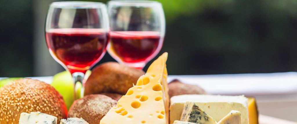 Daily Wine, Cheese and Chocolate Tour