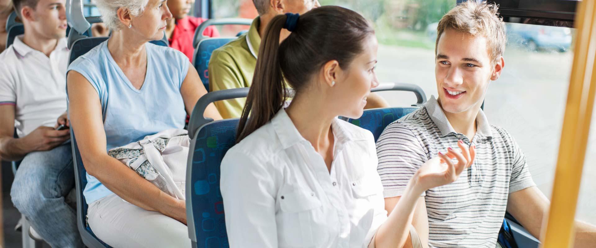 Tourist Bus to Niagara Falls, Canada