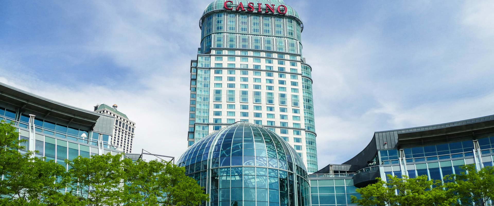 Try Your Luck at a Niagara Falls Casino