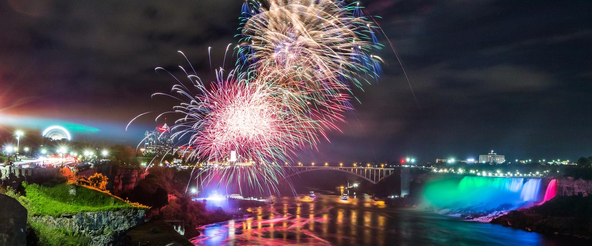 2019 Niagara Falls Summer Fireworks