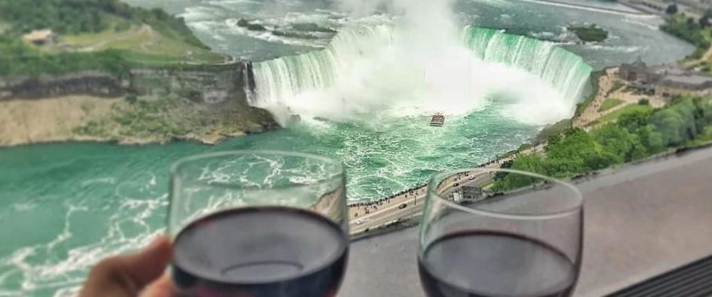 Have Lunch or Dinner 500 feet above Niagara Falls