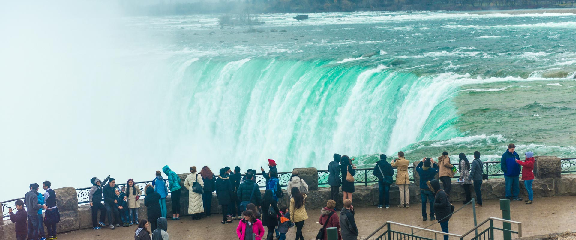 Half a Day Niagara Falls Tour with Pickup from Pearson Airport