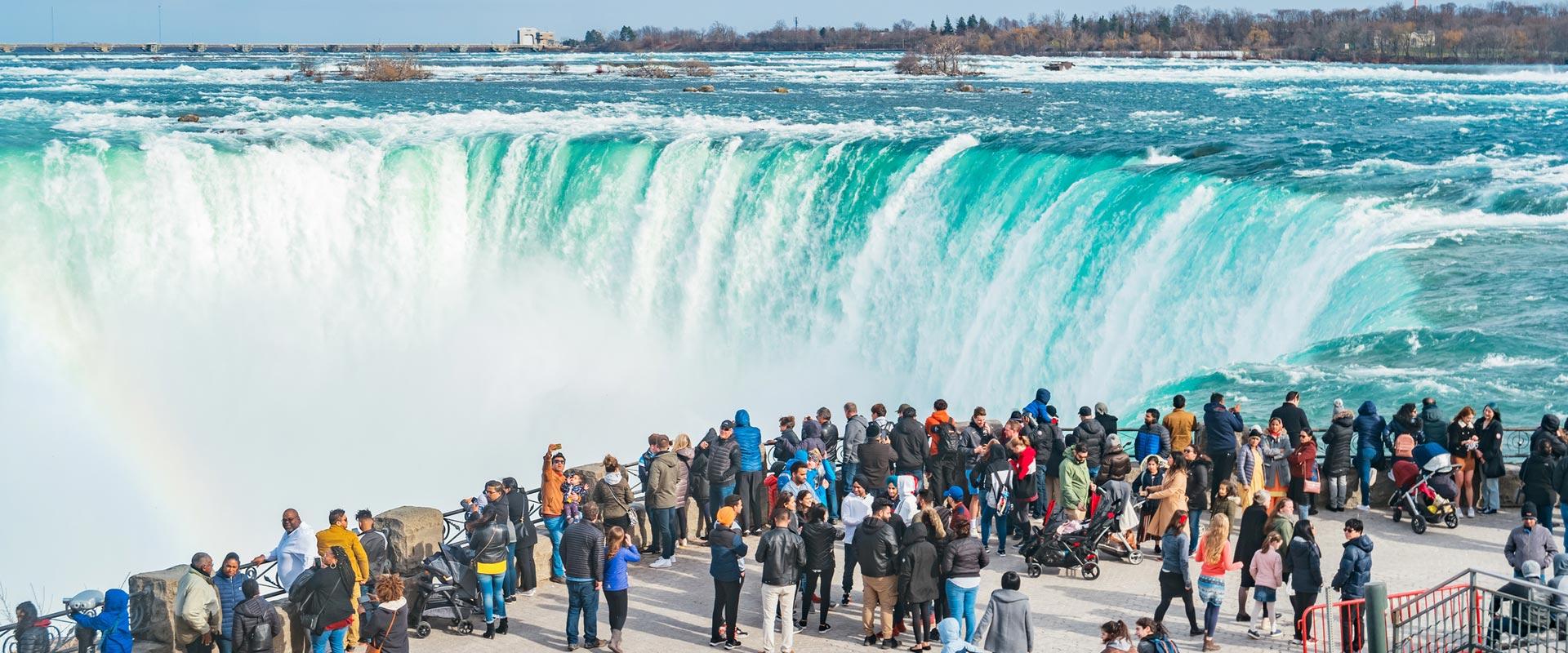 Niagara Falls Canada Bus Tours