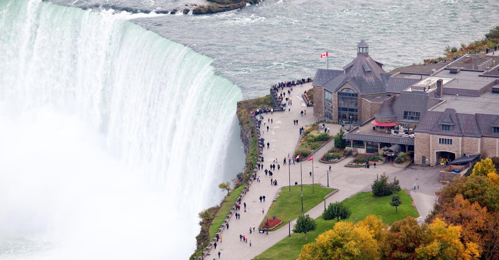 A Day Trip to Niagara Falls