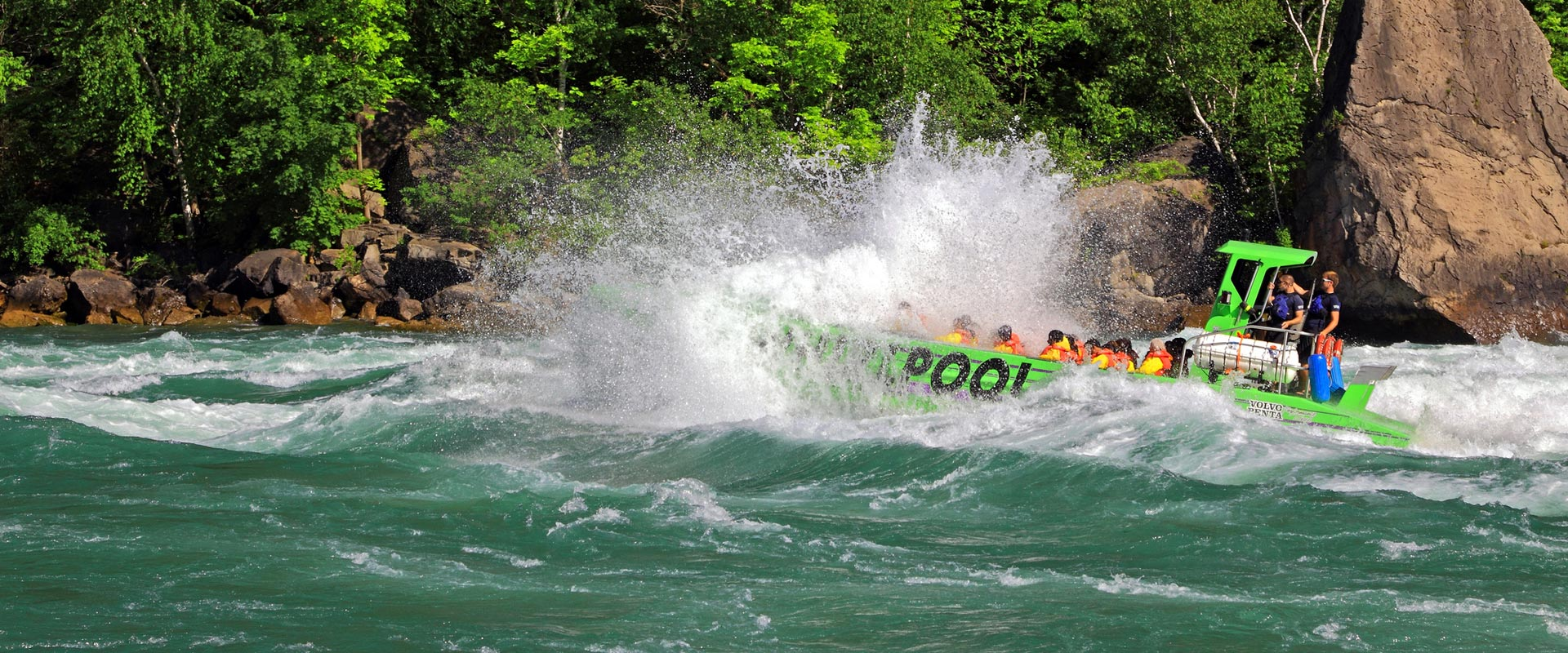 Take a Jet Boat Tour in Niagara Falls Canada