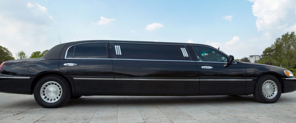 18-seater luxury limo bus