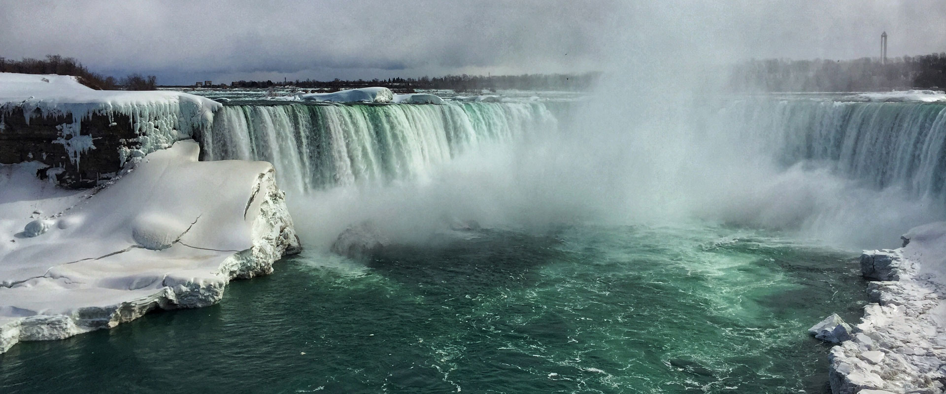 A Trip to Niagara Falls in December