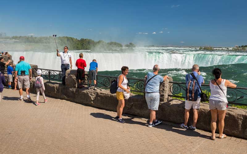 Niagara Falls Small Group Custom Tour (1-7-people)